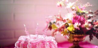 Jak udekorować tort?